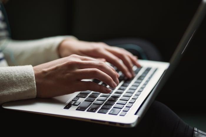 Slik skriver Techweb fagartikler til bedriften din